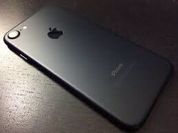 IPhone 7 128GB matte black *MINT * trade for S8 or S8+