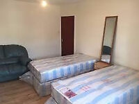 2 twin room, zone 1/2 east, Bethnal Green Shoreditch Whitechapel Mile End