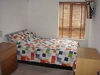 DOUBLE room to let around Greenwich area