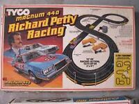 Im looking for Tyco, afx  Slot Cars and tracks