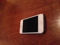 iphone 4s 16gb on vodafone bargain £45.00