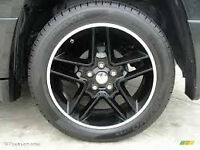 Black 18 in Jeep Rallye Rims + usable summer tires