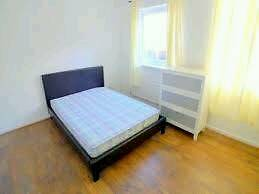Fantastic Lovely double bedroom newly refurbished available near SEVEN SISTERS