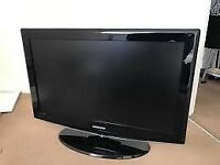 samsung 32 inch tv (HD, built in freeview)