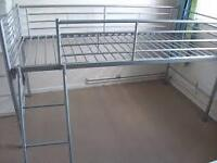Midi single bed with ladder