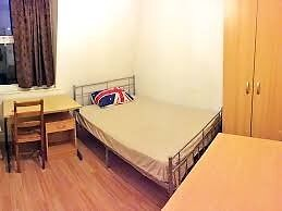 Spacious Single Room, close to Canning Town Station