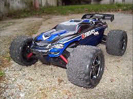 4x4 or 2wd TRAXXAS SLASH BRUSHLESS CUSTOM TRADE FOR 1/16 E-REVO
