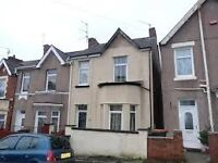 Great sized double bedroom available in great Newport location - Convenient, clean, safe, cheap.