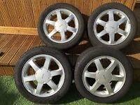 Ford 16 inch cougar alloy wheels