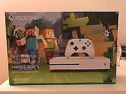 Xbox One S 500gb console Mine craft (Complete Boxed - Hardly been used)