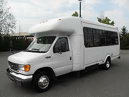Bus 2005 Ford v10 24 passenger may MVI 6 new tires EXCELLENT!!!!