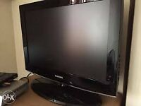 "22 "" SAMSUNG LCD TV BUILTIN FREEVIEW HDMI PORT GOOD CANDITION CAN DELIVER"