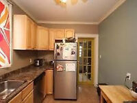 June -Student rental -detached house 4bdrm/2bath on Victoria St.