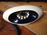 1980's BT telephone in excellent condition. Cream and Black.