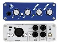 DAWS set up Audio interface/desktop monitors/midi controller