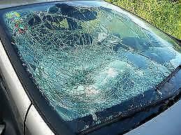 Car windscreens fixed Crumpsall