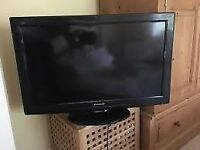 PANASONIC 32 X3 HDMI FREE VIEW SUPERB Sound+Picture
