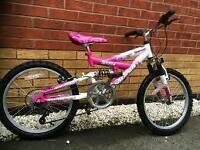 Magna girls 5 gear mountain bike