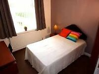 FANTASTIC ROOM TO LET IN ZONE 2--£105 PW---