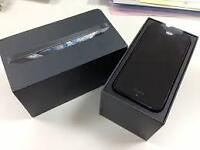 BLACK IPHONE 5, 32 GB, (UNLOCKED), LIKE NEW, WORK WITH WIND