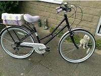 Pendleton Blossomby hybrid bike