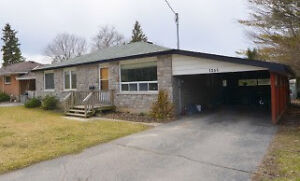 3 bedroom main floor of a house for rent May 21 or June 1