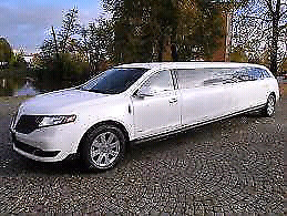 Luxury limousine service stretch limo rental