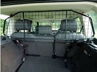 Landrover Discovery 4 Dog Guard