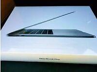 "Apple MacBook 15"" Pro with Touchbar (2017) 2.7GHz / 16GB / 512GB Flash MLH42B/A"