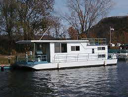HOUSEBOAT WANTED..... NOOSA AREA CASH PAID TODAY ! Tewantin Noosa Area Preview