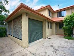 2 levels Townhouse - 3 bedrooms 2 ensuites Bulimba Brisbane South East Preview