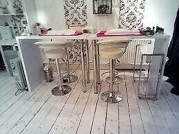 Nail bar/table with bar stools £85