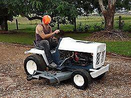 Bolands QT16 Lawn Tractor 1666