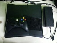 xbox 360 slim 250gb with over 30 games