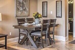 Like New 6 Dining Room Set from The Bay
