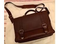 Stunning Aspinal of London chocolate brown men's finest leather messenger / satchel bag. RRP £595