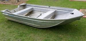 Stessl 3.4m Edgetracker tinny - hull only $695 Cleveland Redland Area Preview