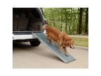 CAR RAMP, STAINLESS STEEL & RUBBER -HELP YOUR DOG GET IN AND OUT OF THE CAR EASILY