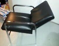 Chaise pour lavabo de coiffeuse