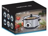 Brand New Daewoo Slow Cooker