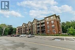 #209 -43 FERNDALE DR S Barrie, Ontario