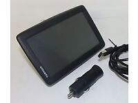 SAT NAV TOM TOM START 25 WITH UK MAPS. BIG 5INCH SCREEN. INCLUDES ORIGINAL CHARGER AND WINDOW MOUNT