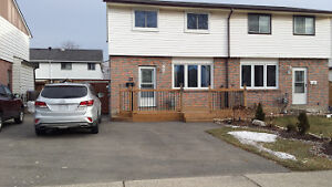 RENT OR RENT TO OWN Semi-detached Home - Brantford