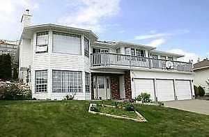 COLDSTREAM Lake view home for rent