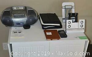 iPad Cases, Cd Player A
