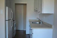 One bedroom in Oxford & Richmond intersaction