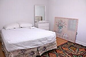 Huge Furnished  Room for Rent/1 MIN Walk to Yorkdale Subway Stat