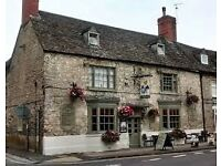 Bar/Restaurant plus Chefs and Housekeeping Staff required for Small Pub Group in Oxfordshire