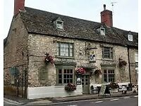 Chef & Bar Couple required for Lovely Pubs with Rooms – LIVE IN - Progression possible