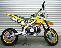 SALE IS ON NOW. 125CC D  DIRT BIKE MANUAL 4 SPEED $550.00